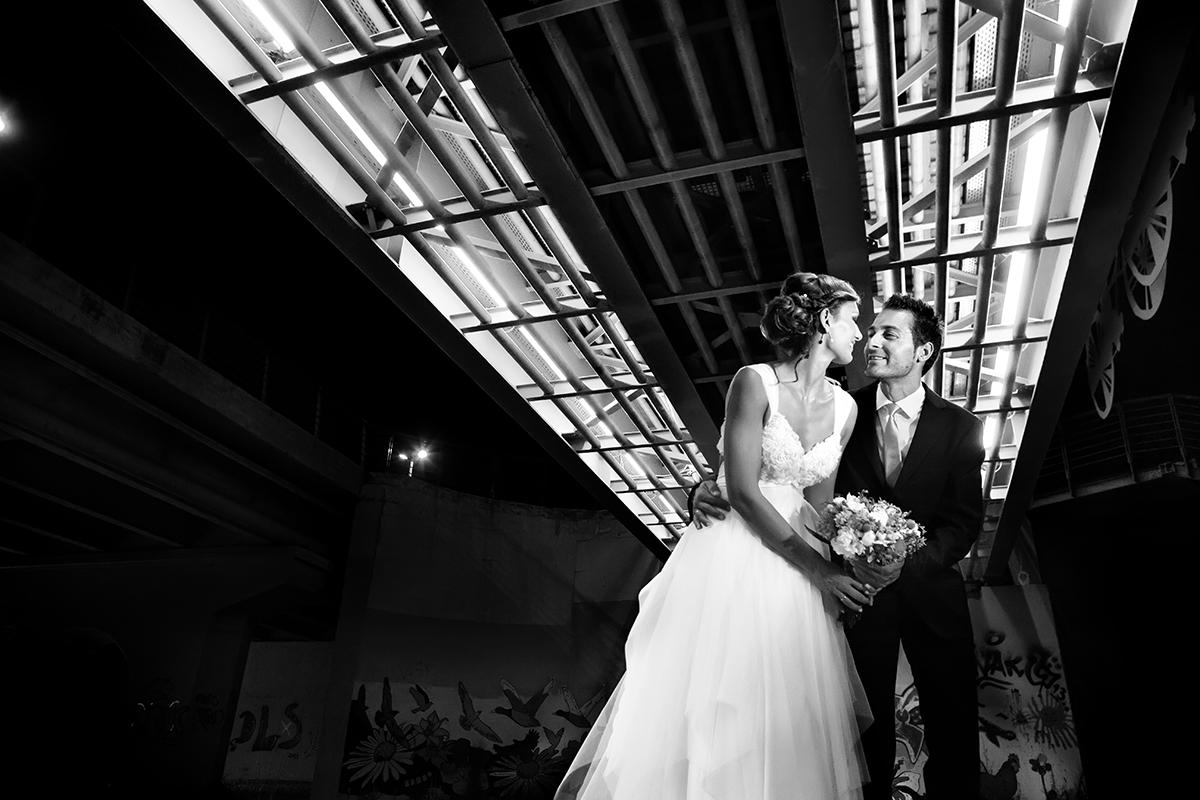 η φωτογράφηση γάμου της Αλεξάνδρας και του Alex,φωτογραφία ασπρόμαυρη από γάμο στη λάρισα