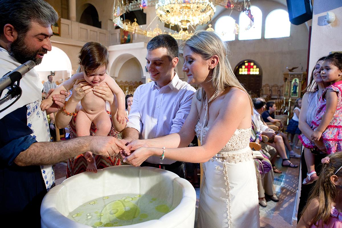 φωτογράφηση βάπτισης στο Πανόραμα της Θεσσαλονίκης, φωτογράφος γάμου από Θεσσαλονίκη.
