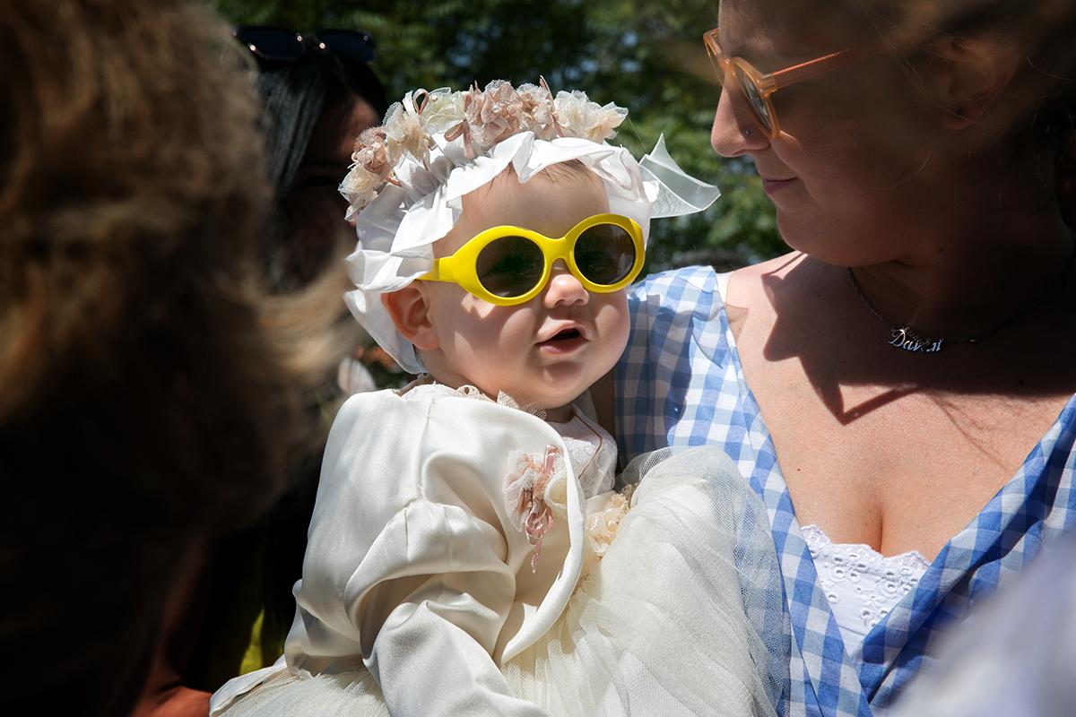 φωτογράφηση βάπτισης στο Πανόραμα Θεσσαλονίκης, φωτογράφος γάμου και βάπτισης.