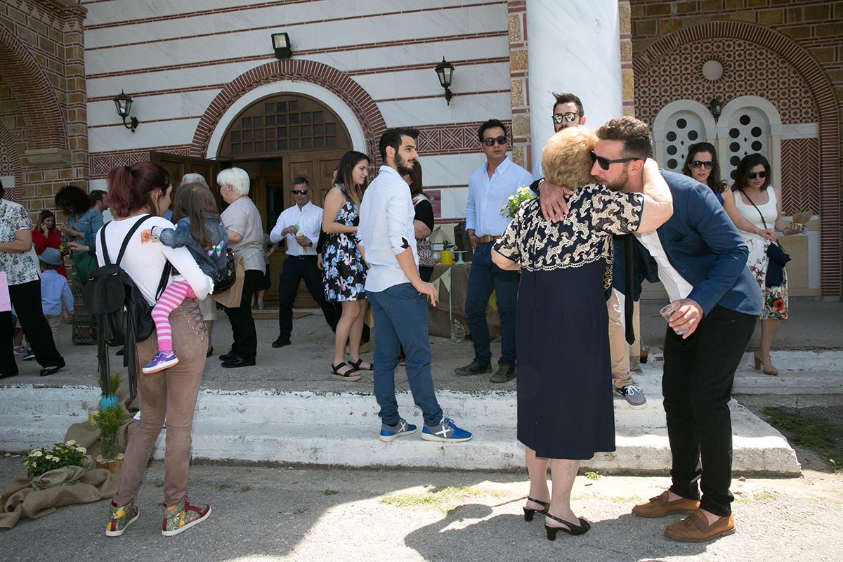 φωτογράφηση βάπτισης στο Πανόραμα Θεσσαλονίκης,φωτογράφος γάμου και βάπτισης.