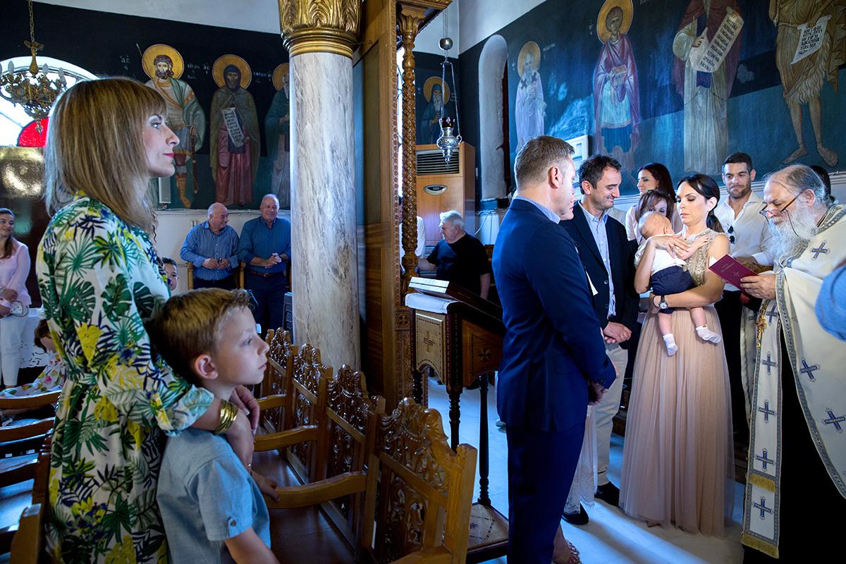φωτογράφιση βάπτισης. φωτογράφος γάμου από Θεσσαλονίκη.