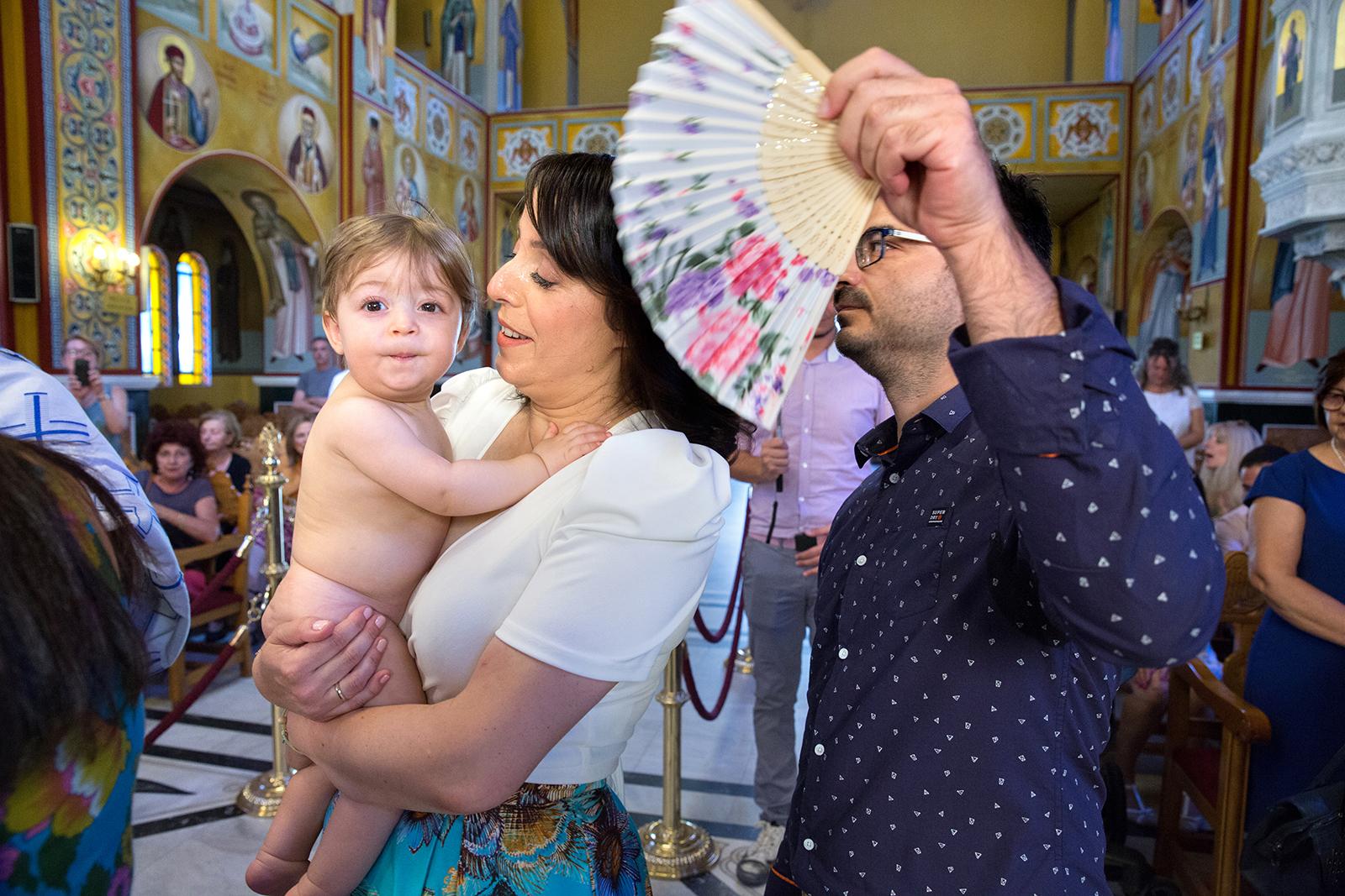 η βάπτιση του Ανδρέα, φωτογράφος βάπτισης Θεσσαλονίκης natfilp022